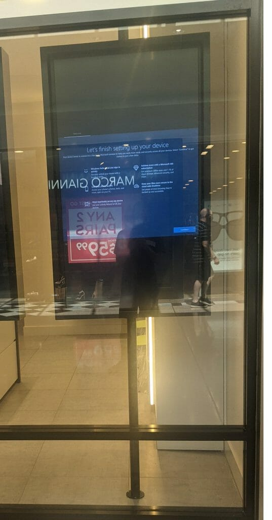 Digital Signage Blog - Fail Windows 10 Welcome Screen